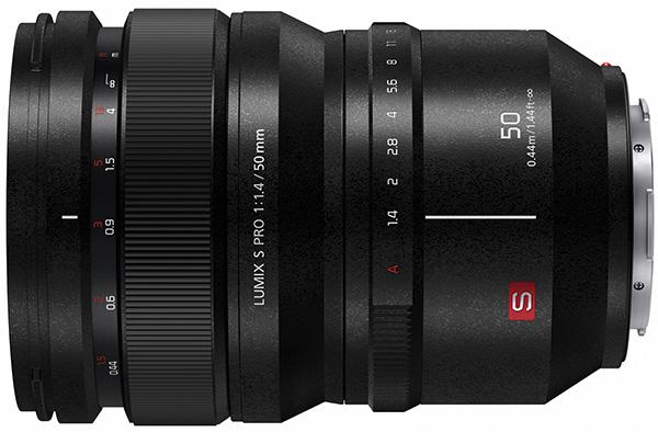 panasonic-lumix-S-lens1