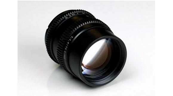 SLR Magic - nowe obiektywy dla Sony E