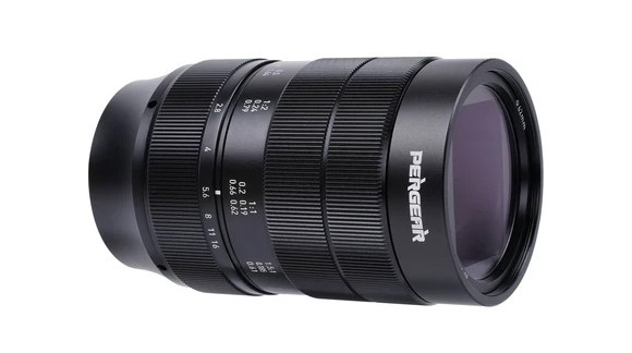 Supermakro PERGEAR 60mm F2.8 już jest!